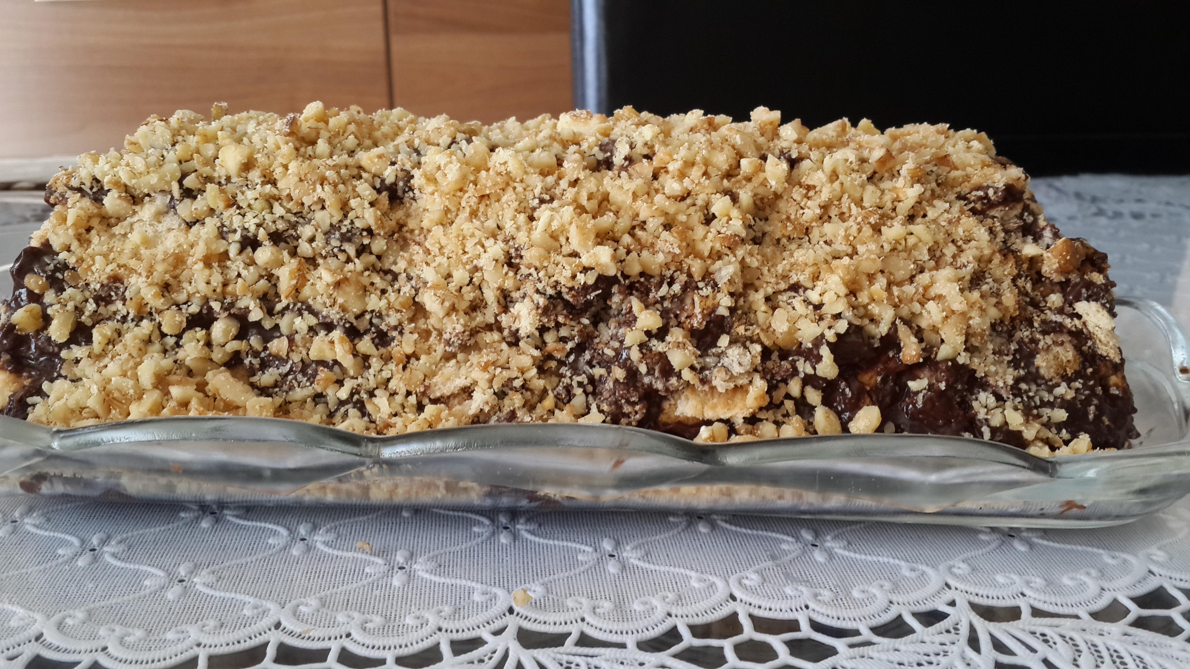 Cevizli Bisküvi Pastası